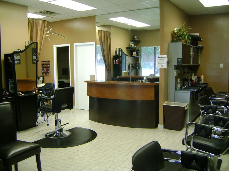 Studio pro hair salon nails esthetics studio for 101 beauty salon
