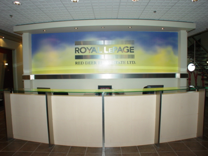 Royal lepage network realty corp red deer ab 6 3608 for 50th avenue salon