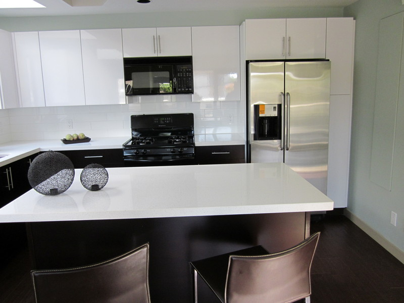 photo Ankada Kitchen & Bath Cabinets